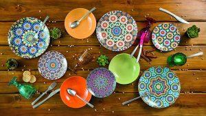 materiali set piatti da cucina
