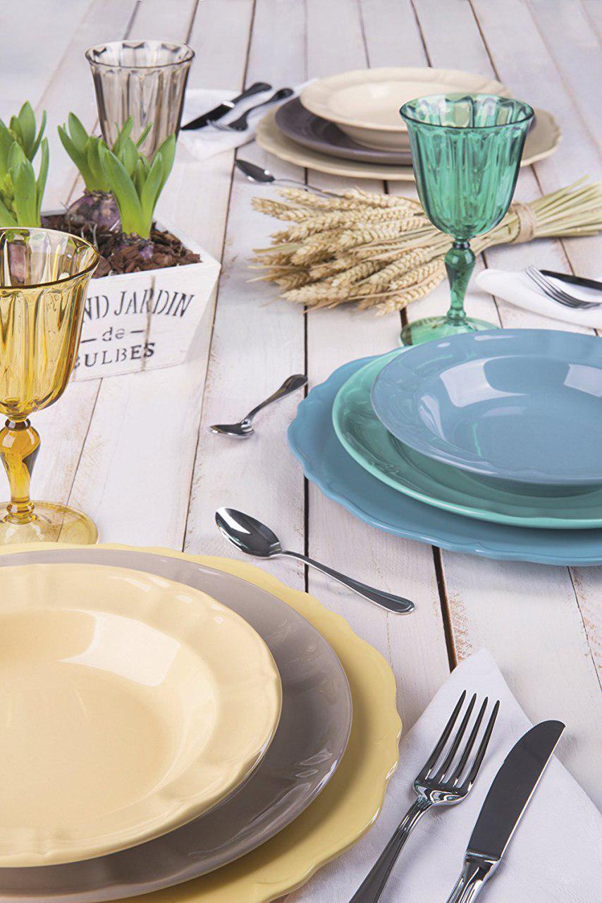 piatti da cucina in ceramica