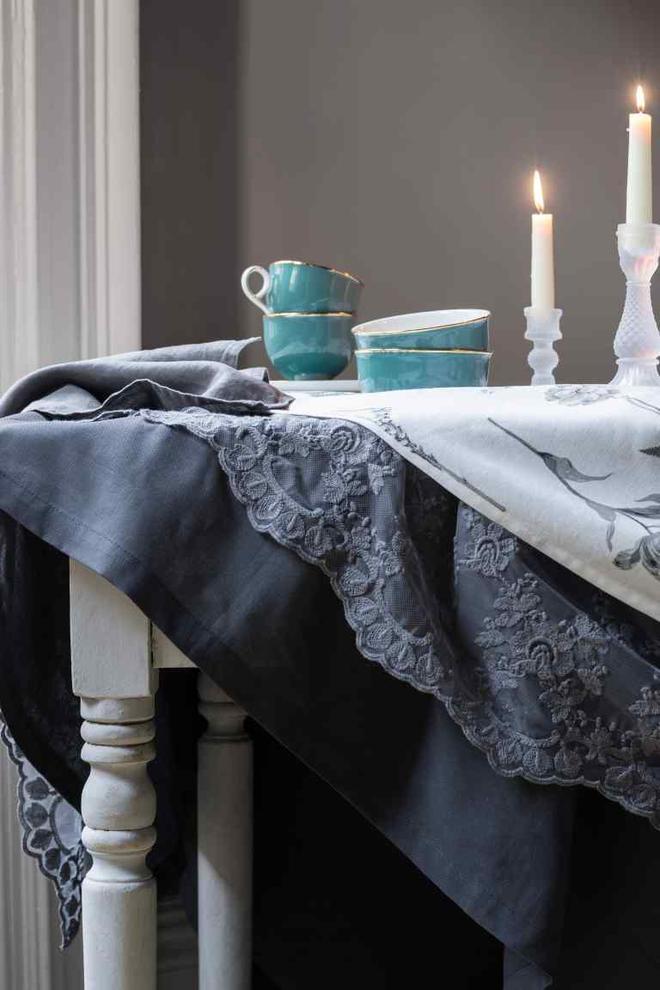 decorazione tavola tonalità blu navy