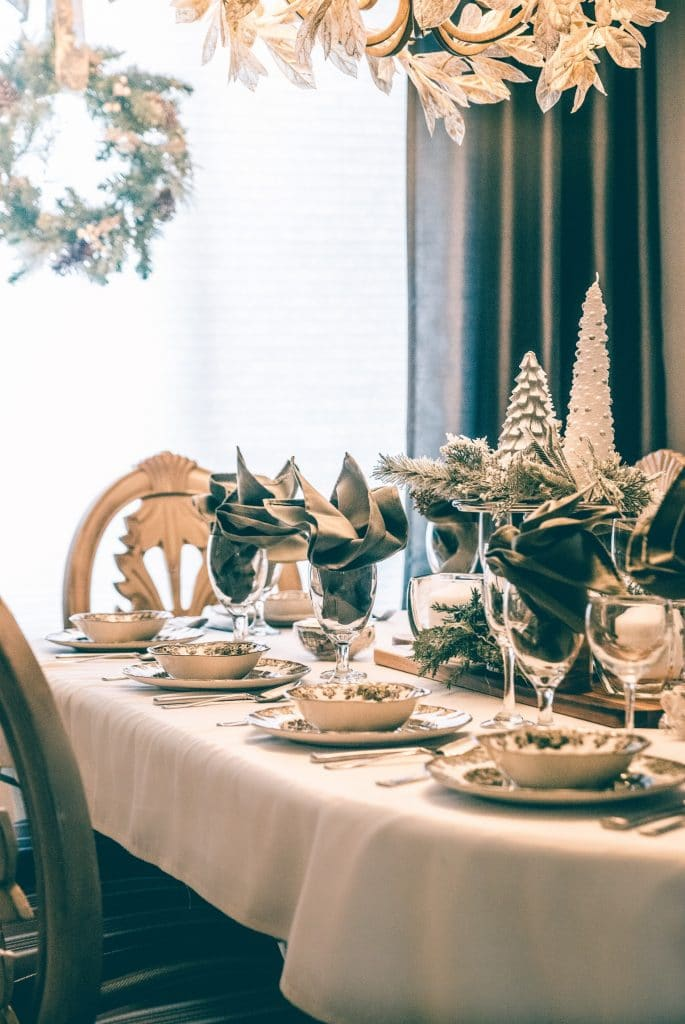 tavola natalizia oro 1
